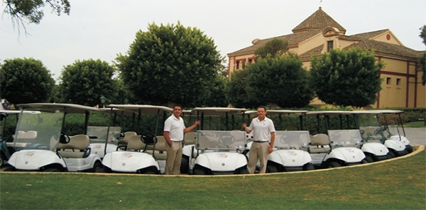 Entrega en San Roque Club de Golf de una flota de apoyo RENT de 30 Yamaha G29E