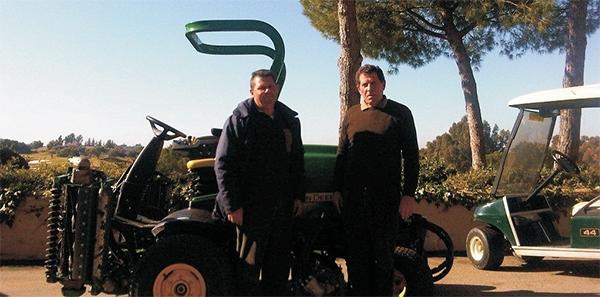 Entrega en Montecastillo Barceló Golf Resort de una John Deere 8700